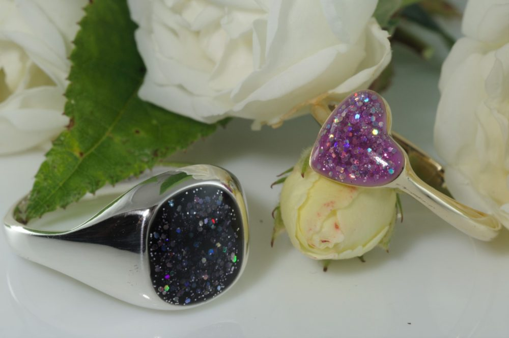 Heart & signet rings (Large)