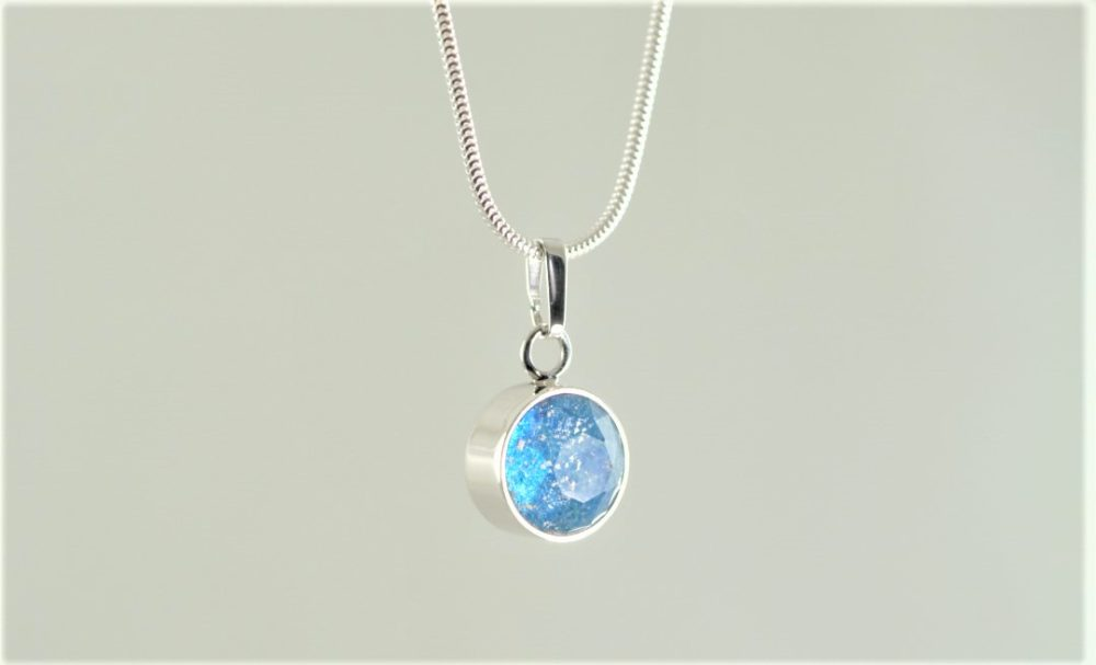 Crystal-Faceted-Round-Necklace-Silver-Aqua-cropped