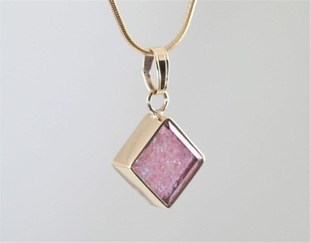 Crystal-Square-Necklace-Gold-Pink