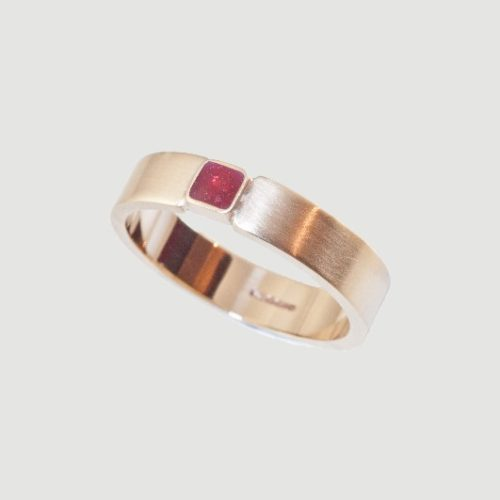 Crystallure-square-stone-band-ring-5mm
